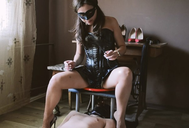 Anna Mistress Latex dress kiss ass to bottom feeder Scat human